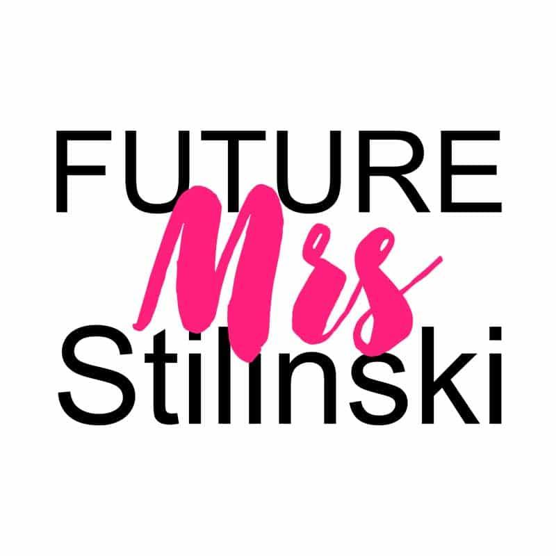 Future Mrs Stilinksi Póló - Ha Teen Wolf rajongó ezeket a pólókat tuti imádni fogod!