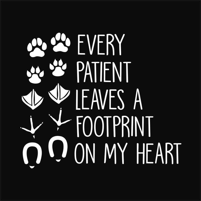Every patient leaves a footprint on my heart Póló - Veterinary 80852ac2a3